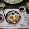 あさひ荘 - 料理写真:2014.12 最初の料理、山らしくいなごの佃煮、へぼ(ハチの子)などもあります。