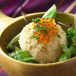 鮭殻荘 - 鮭親子のポテトサラダ