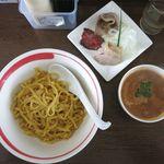麺部屋 綱取物語 - 濃厚えびつけ麺のアップ