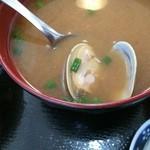 ひがし食堂 - 料理写真:あさりの味噌汁