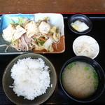 33702433 - 豆腐のせ肉野菜炒め定食