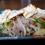 33702440 - 豆腐のせ肉野菜炒め