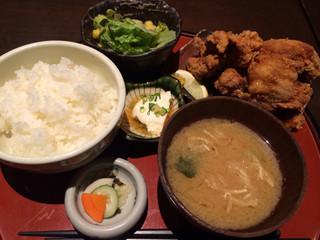 ひない小町 川崎店 - 名物 唐揚御前  1,000円