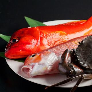 食材にこだわり、北海道から直送される厳選素材を使用。