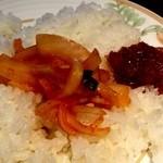アジャンタ - タマネギとマンゴーの甘いチャツネ