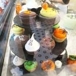 マグノリア ベーカリー - ハロウィン カップケーキ2