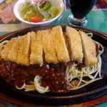 レストラン グリーンパーラー - ミートソースカツレツ