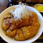 ぶたどん処 ぶた屋 - 料理写真:特上豚丼バラ