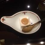 33714548 - 胡麻豆腐の胡麻ペースト掛け(2014,12)