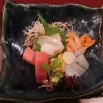 割烹 恵比寿 - <再訪・2014年12月>コース料理。お刺身盛り合わせ、活け赤貝、サヨリ、鯛、雲丹、アオリイカ、まぐろ。
