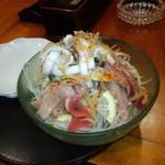 山女魚 - 海鮮サラダ 1,000円(2014.11月)