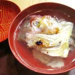 季節料理 みのり - ぐじ焼を食べた後はお吸物物に<2014.12>