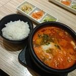 東京純豆腐 - 牡蛎スンドゥブ