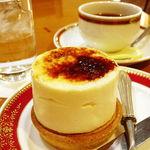 33730883 - ケーキセット(800円)(シブースト+紅茶にしてみました)