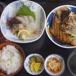 魚庄 - 1080円ランチ