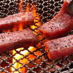 シパンジョン - 炭火で牛本来の味をご堪能ください