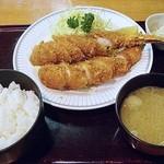 味のうえだ - ジャンボエビフライ定食 1850円 (2014/2) (''b