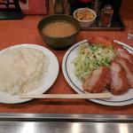キッチン ジロー - ...「チキンカツ&帆立ミルクコロッケ(870円)」、ご飯大盛りコール無料!!