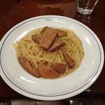 パパス カフェ - ポルチーニ茸のスパゲッティ