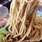 33741474 - 麺は太麺