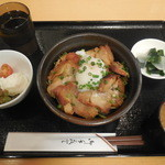 やきとりひびき庵 - 鶏ももみそ漬け焼き丼  ¥900-→¥500-