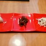 チャイニーズファン - 【2014.12.24(水)-A:担々麺1500円の小菜盛合せ】