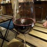 ハマまで5分 - ずし呑みのグラスワイン赤