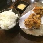 えびす丸 - 唐揚げセット(ごはん•唐揚げ三個•特製マヨネーズソース)