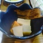 オーガニックカフェ チャント - 定食の煮物