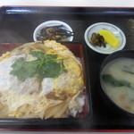 赤井 - かつ丼¥650