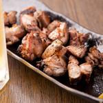 炭焼わが家 - 炭火で焼き上げる香ばしい『宮崎日南地鶏ももばらし』