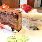 33753416 - 苺のショートケーキ&チョコラーテ