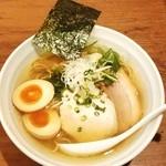 Sampachinudorukicchin - 鶏だしらーめん(塩)味玉入り¥850