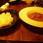 ボンベイ・インディアン・ダイニング - 卵カレーと日本米