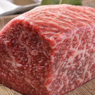 ■米沢豚やA5山形牛などの厳選食材■