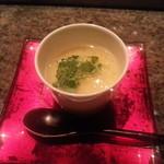 33764536 - 淡路鶏と銀杏の茶わん蒸し