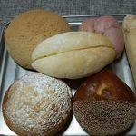 33769547 - 今回購入のパン達