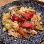 大坪屋 - ウインナー入り野菜炒め