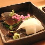 赤坂 津やま - お造り (関鯖とアオリ烏賊)