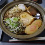 美栄庵 - 鍋焼きうどん410円2014/12