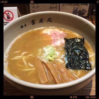 麺屋吉左右 - らーめん 780円