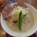 麺 チキンヒーロー -