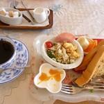 Cafe FLAT - モーニング(全体)