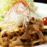 黒豚のピリ辛味噌炒め御膳+ビュッフェ付