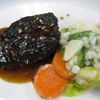 ル・ビストロ クー ドポール - 牛ホオ肉の赤ワイン煮込み
