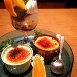 肉の炭火焼と土鍋ごはん だんらん居酒家HANA - デザート盛り合わせ 右のクレームブリュレが絶品