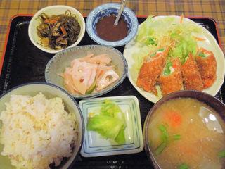 みさと屋 野菜食堂 - 野菜とチーズの肉巻フライ(788円)