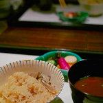 ひのきざか - 茸の釜飯+赤出汁