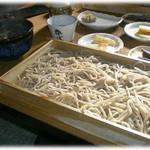そば切り源四郎 - 板そば大盛に雉汁