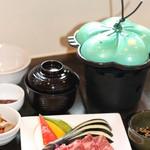 近江牛と地元野菜 ダイニングMOO - 近江牛陶板焼き